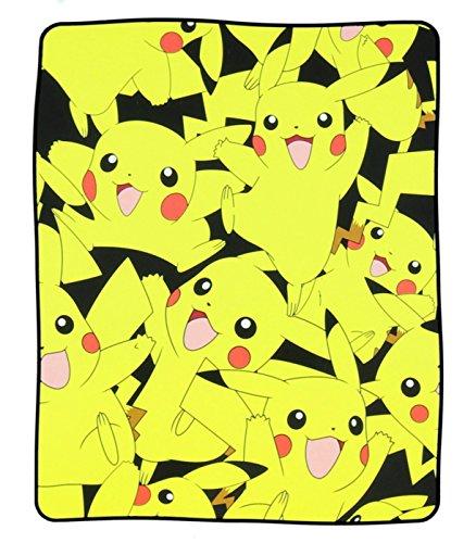 BIOWORLD Pokémon Pikachu Manta de Forro Polar con Estampado...